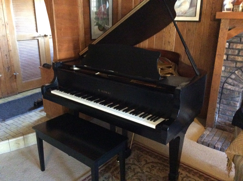 1995-Kawai-grand-piano--model-RX-2-in-satin-ebony